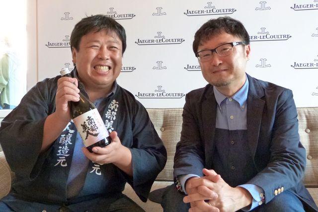 株式会社南部美人の代表取締役社長・久慈浩介氏(左)と小西未来監督(右)
