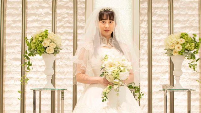 小泉さんはなぜ花嫁姿に?