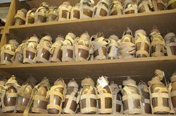 『硫黄島~』の水筒。本物も多い