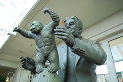 ウィリス・H・オブライエンの銅像