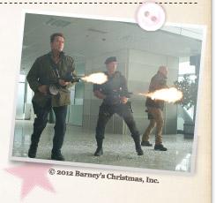 『エクスペンダブルズ2』© 2012 Barney's Christmas, Inc.