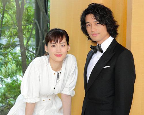 『高台家の人々』綾瀬はるか&斎藤工 単独インタビュー
