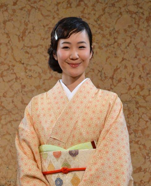 昭和モダンカフェの黒木華