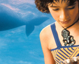 クジラの島の少女