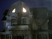 悪魔の棲む家